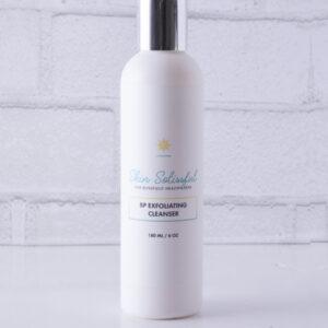 Benzoyl peroxide skin exfoliator for acne-prone skin